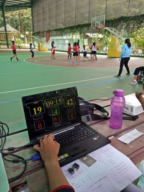 Kejuaran Basket antar jurusan se-UPI dan SMA se-Bandung. Credit: Nafiril Haq